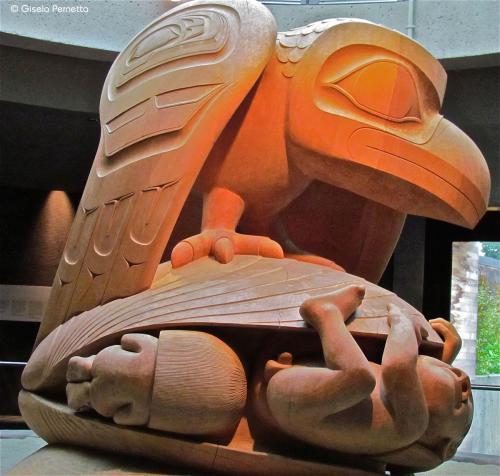 Die Geburt des Menschen -Antropologisches Museum Vancouver